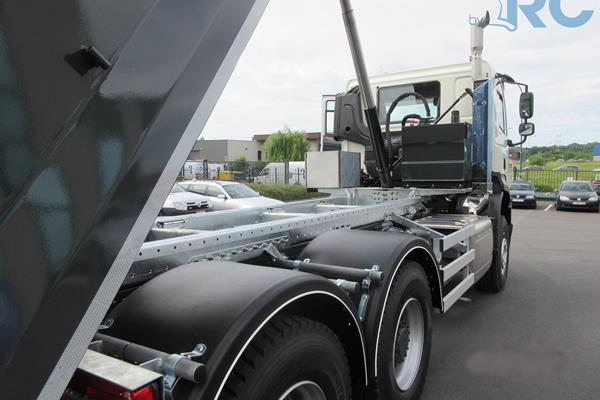 Tipper 26T - RC Bolt System